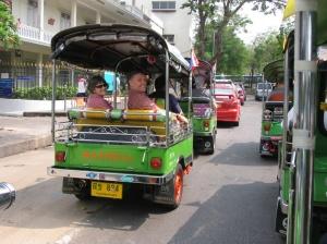 Bangkok-tuk-tuks-IV